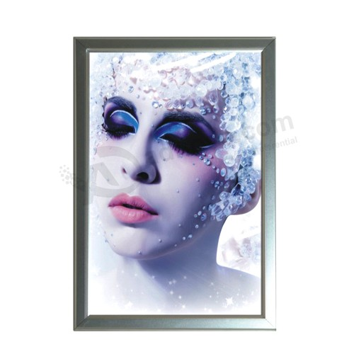 Slim Lightbox Outdoor Lightbox as Full Color LED Display